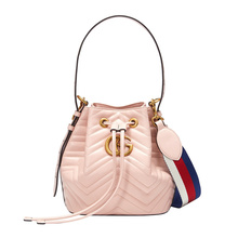GUCCI 古驰 GG Marmont系列女士浅粉色皮革绗缝水桶包 476674D8GET5972